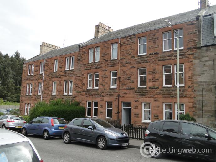 Property to rent in 6D Hawarden Terrace