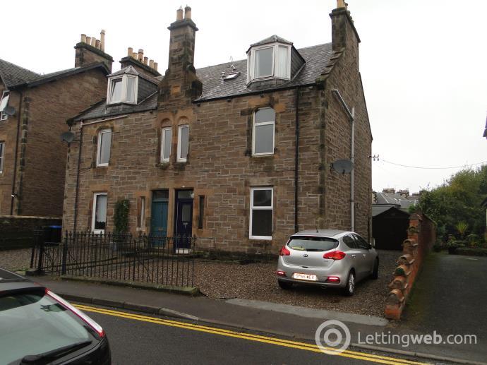 Property to rent in 5 Queen Street