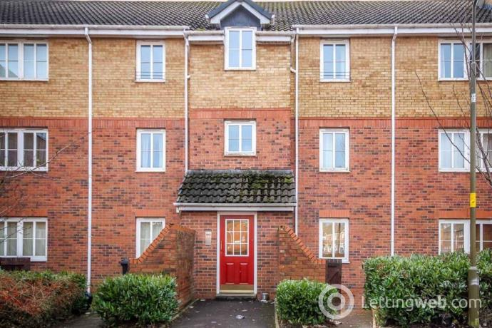 Property to rent in Oldwood Place, EH54 6XB