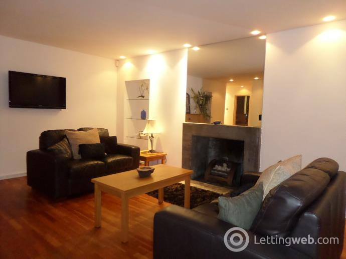 Property to rent in Crown Terrace, Partick