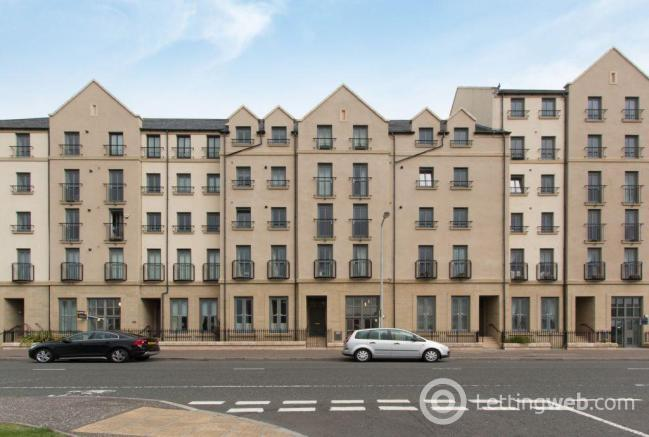 Property to rent in 62/5 Newhaven Place, Edinburgh, EH6 4TG