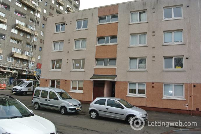 Property to rent in 37 Cedar Street, G20