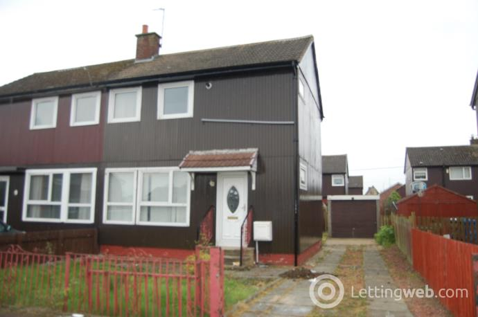 Property to rent in Mauldslie Drive