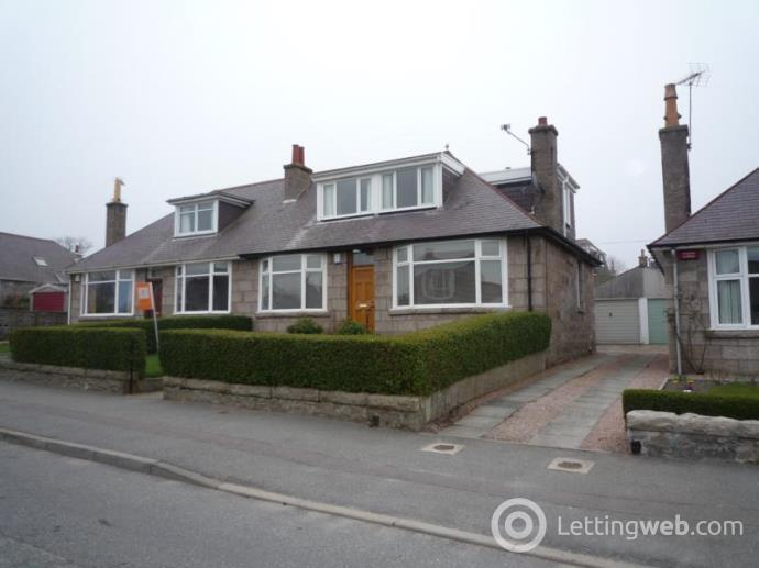 Property to rent in Seafield Avenue, Aberdeen, AB15