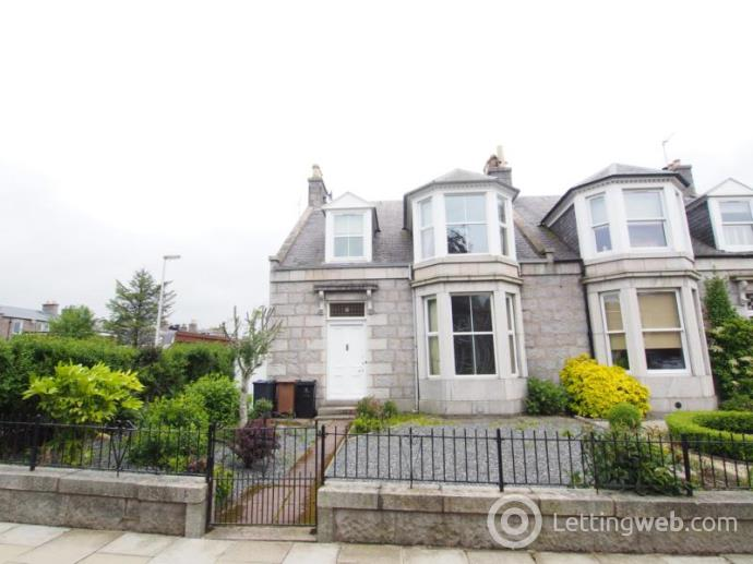 Property to rent in Gray Street, Aberdeen, AB10