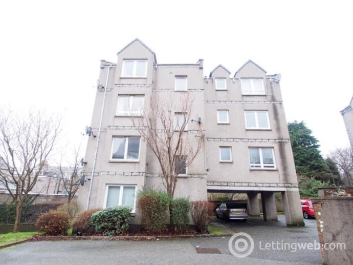 Property to rent in Whitehall Mews, Whitehall Place, Aberdeen, AB25 2YY