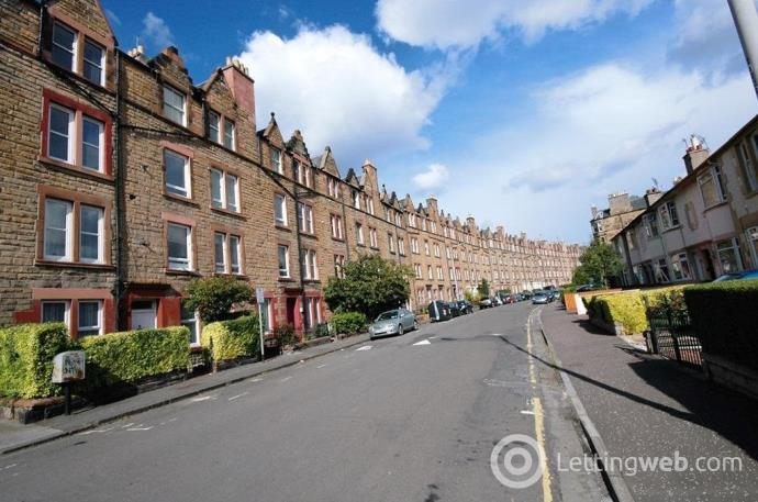 Property to rent in Temple Park Crescent, Edinburgh,