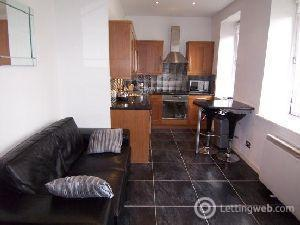 Property to rent in Neilston Road