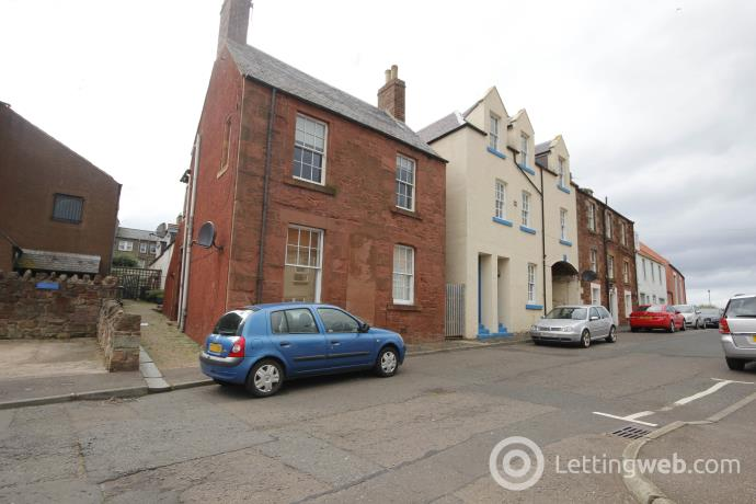 Property to rent in Castle Street, Dunbar