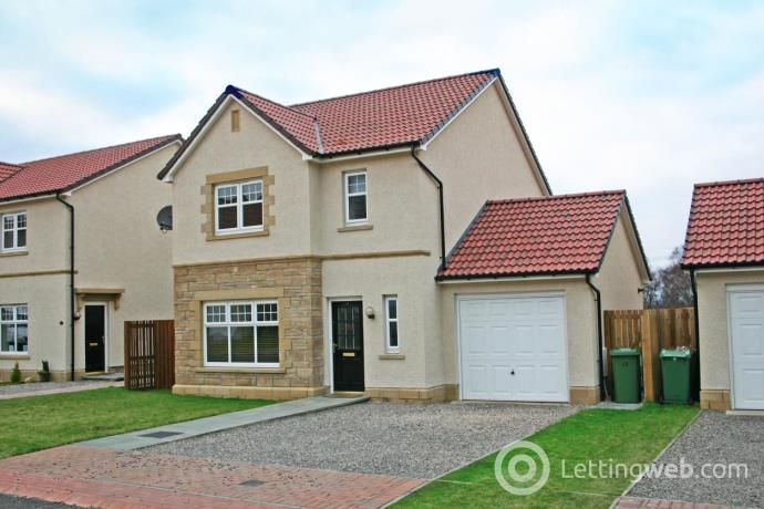 Property to rent in Admirals Way, Inverness, IV2 5GT