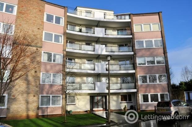 Property to rent in 45 (3F) Barnton Court