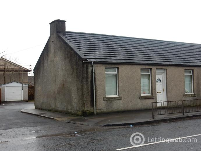 Property to rent in Main street overton