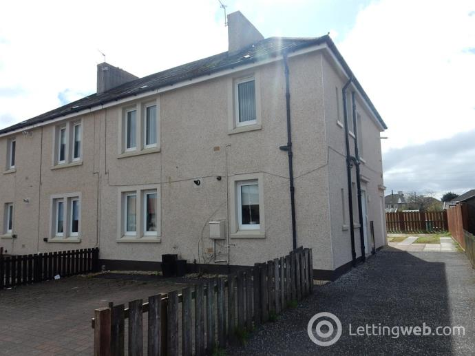 Property to rent in Castlehill Road, Wishaw
