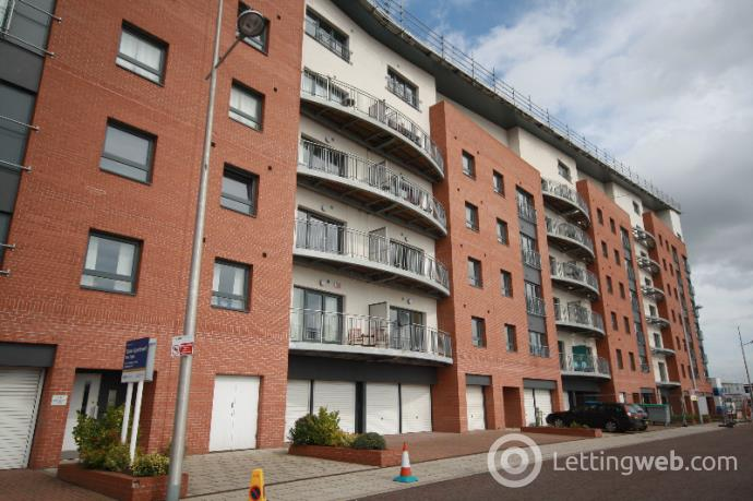 Property to rent in Gourlay Yard, City Centre, Dundee, DD1 3BR