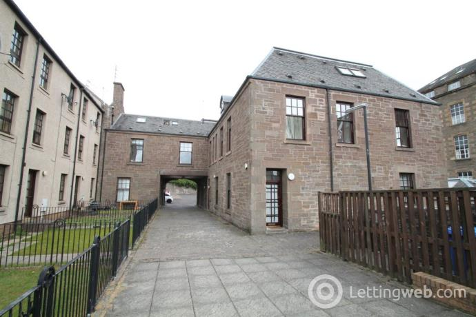 Property to rent in Taylors Lane Room, Dundee