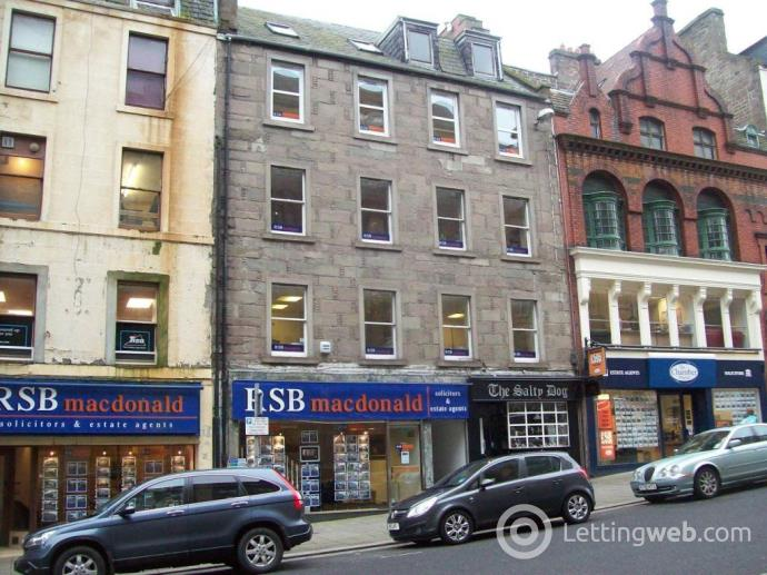 Property to rent in Crichton Street, Dundee