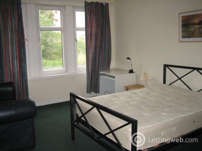 Property to rent in Polepark Road