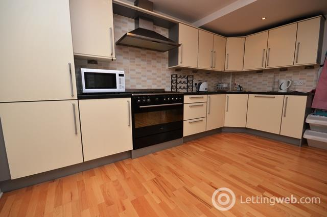 Property to rent in West Tollcross, Edinburgh, EH3