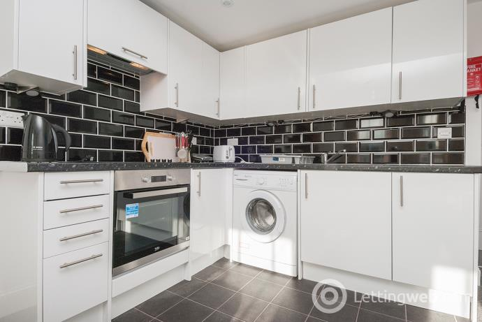 Property to rent in South Bridge, Edinburgh, EH1
