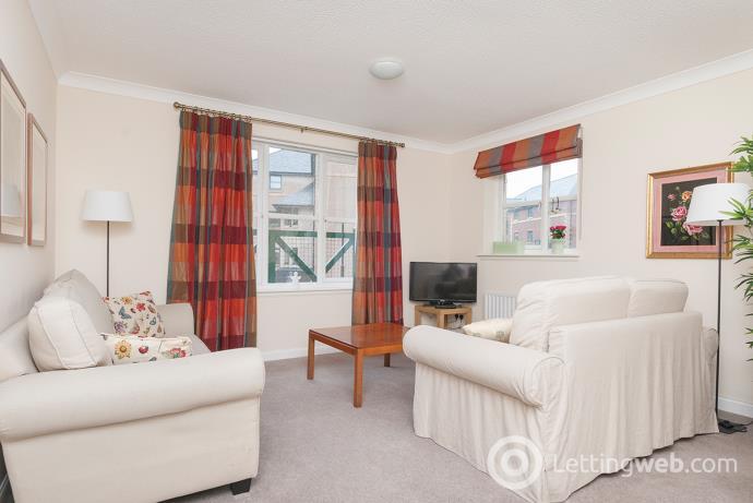 Property to rent in Silvermills, Edinburgh, EH3