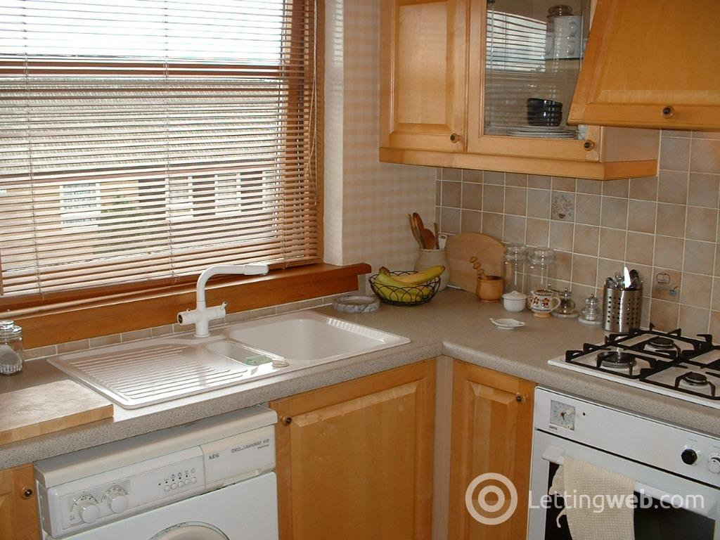 Property to rent in Captains Row, Liberton, Edinburgh, EH16 6QP