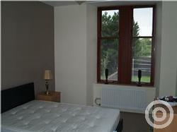 Property to rent in Holmlea Road