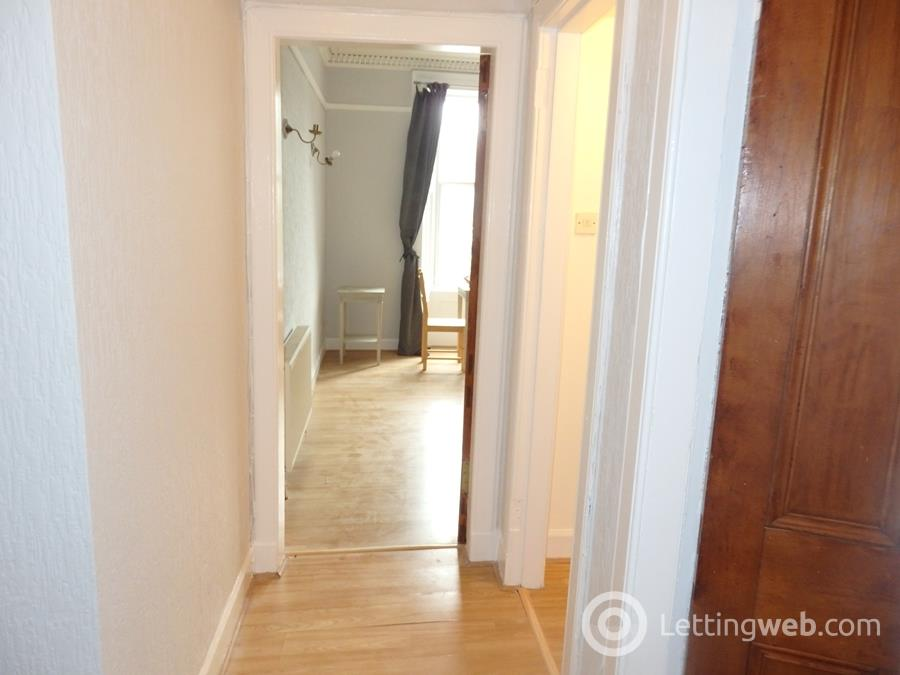Property to rent in West Graham Street