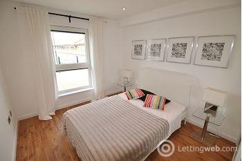 Property to rent in 4 Quayside Mews, Dundee, DD1 3HZ