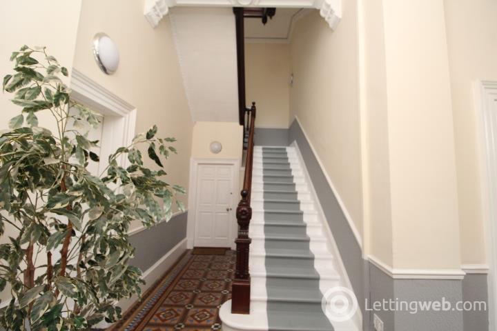 Property to rent in 15 Cleveden Crescent