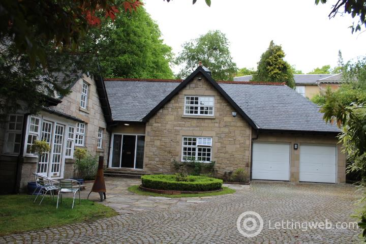 Property to rent in Abbotsford Lodge