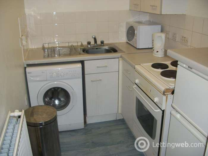Property to rent in Clarence Street, Seedhill