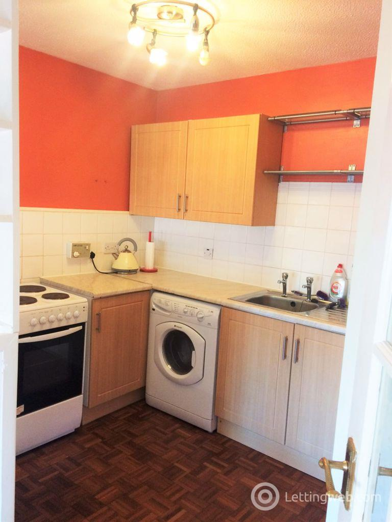Property to rent in Bell Street Glasgow