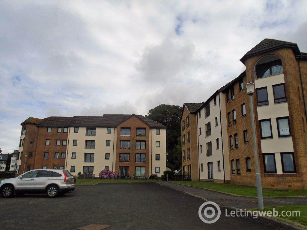 Property to rent in Hollywood Largs