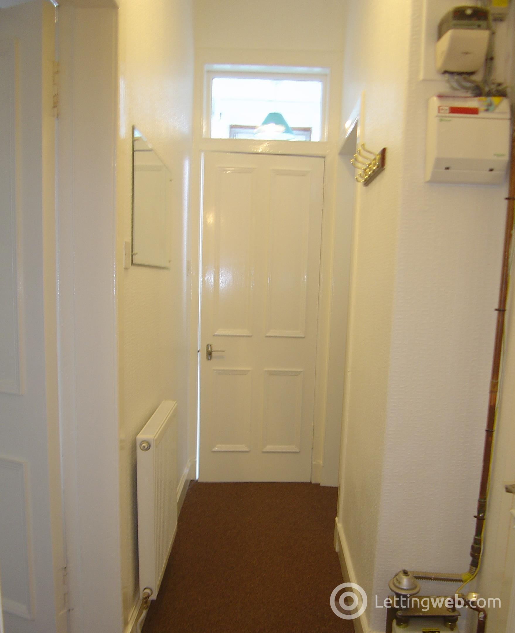 Property to rent in Seafield Road