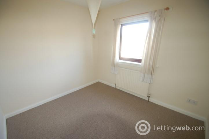 Property to rent in Fleming Way