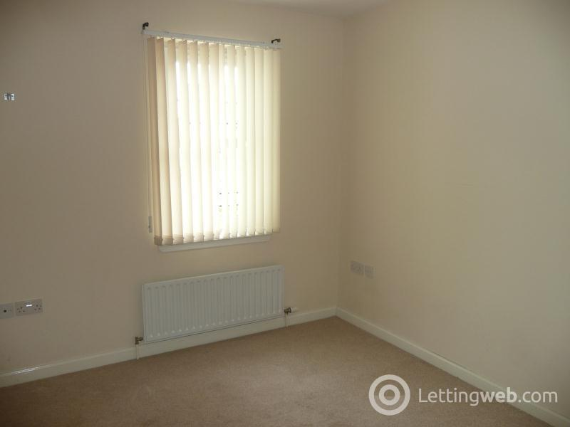 Property to rent in Belfast Quay
