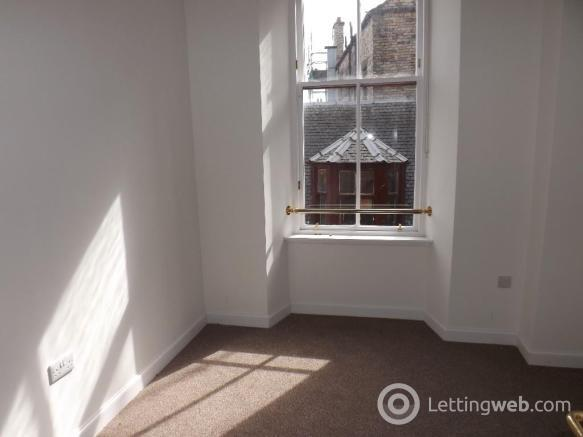 Property to rent in 18D Nelson Street, Kilmarnock, Ayrshire, KA1 1BD