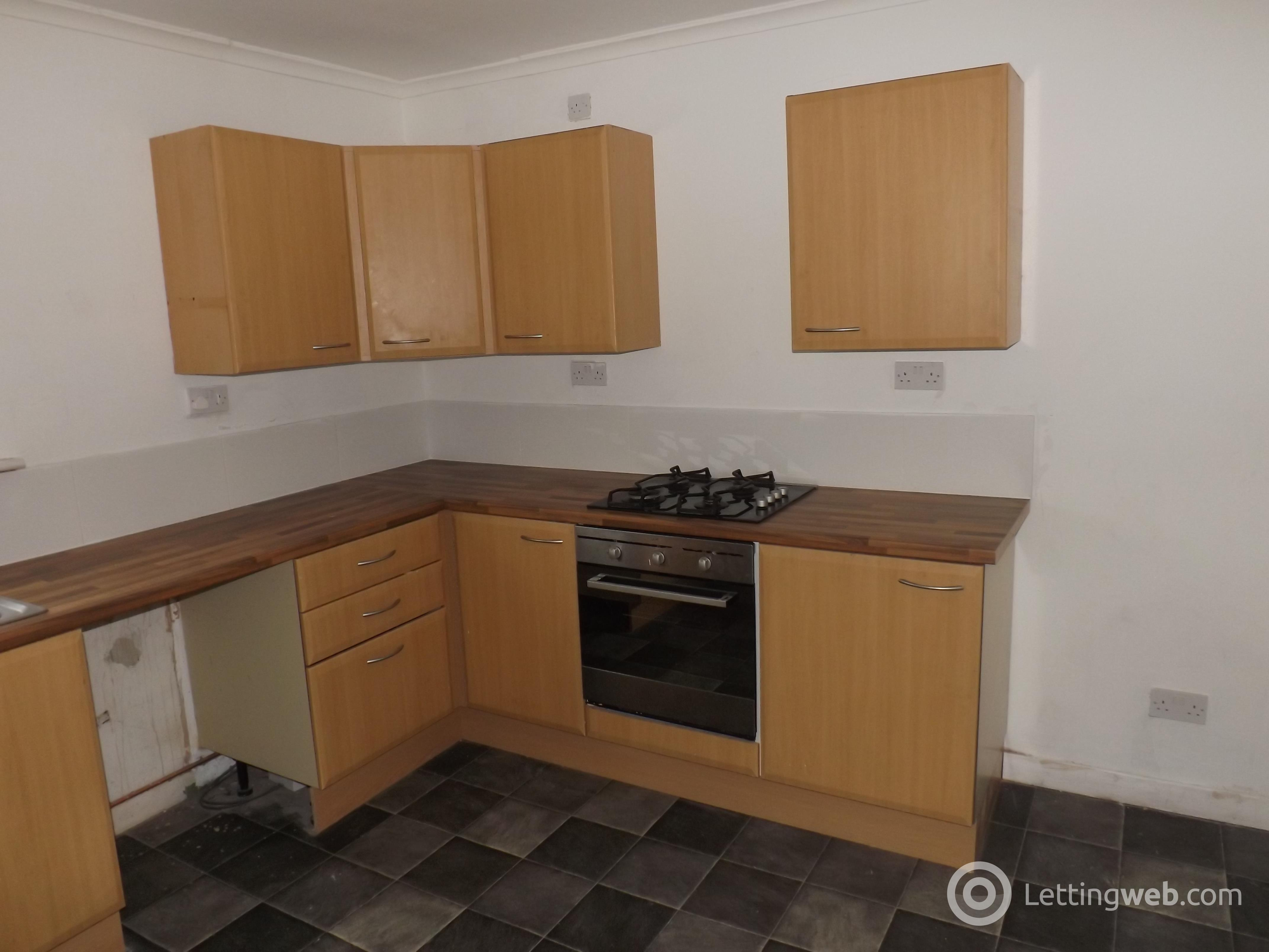 Property to rent in 4d Doon Place, Kilmarnock, Ayrshire, KA1 3TH