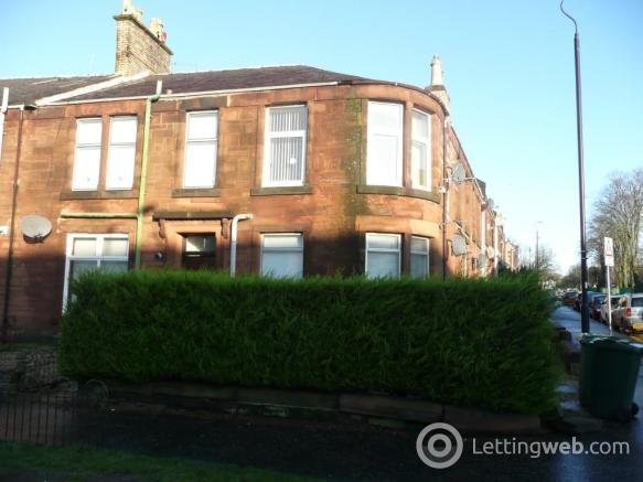 Property to rent in Flat 5, 14 Old Mill Road, Kilmarnock, Ayrshire, KA1 3AN