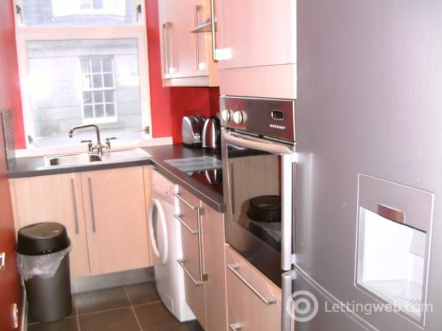Property to rent in St Mary's Place, Aberdeen