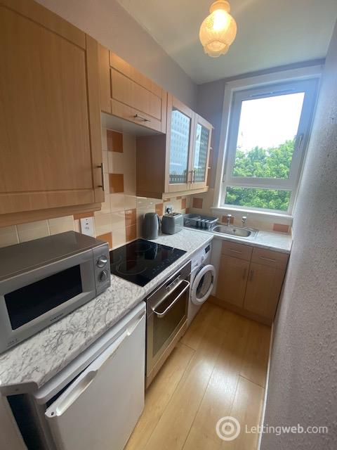 Property to rent in Allan Street, Aberdeen, AB10 6HJ