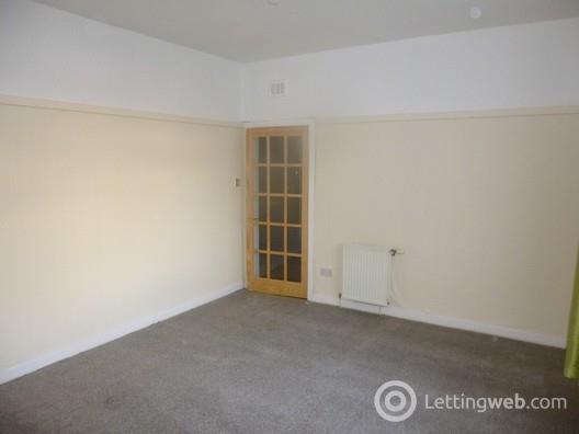 Property to rent in Large Two Bedroom Ground Floor Flat in Glasgow City East