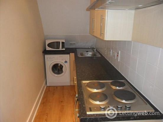 Property to rent in 402 King Street
