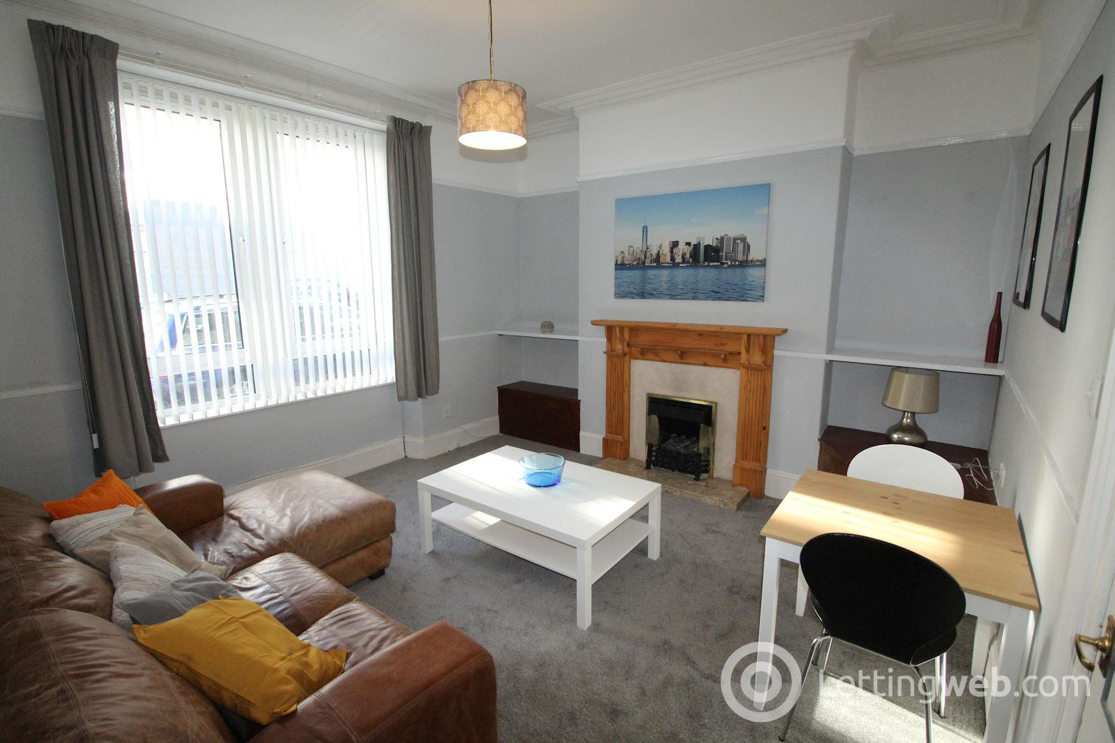 Property to rent in 31 Wallfield Crescent