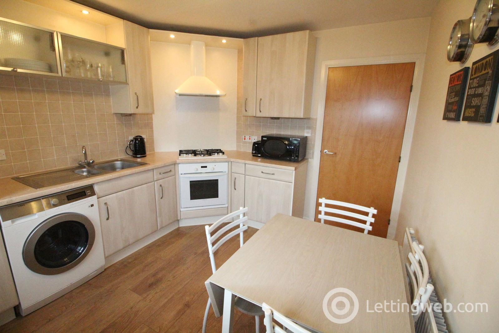 Property to rent in 267 Links Road