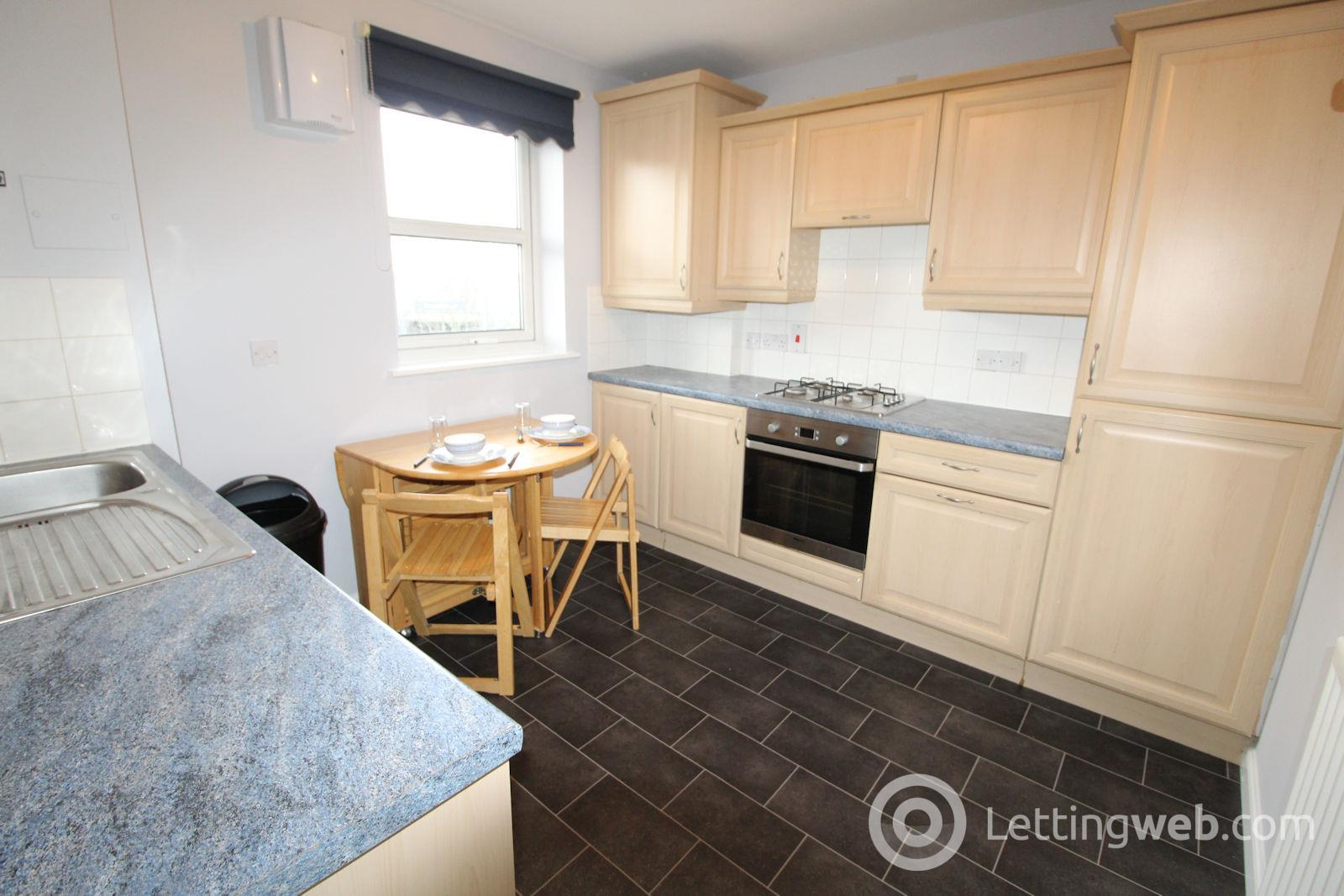 Property to rent in 37 Ashgrove Avenue
