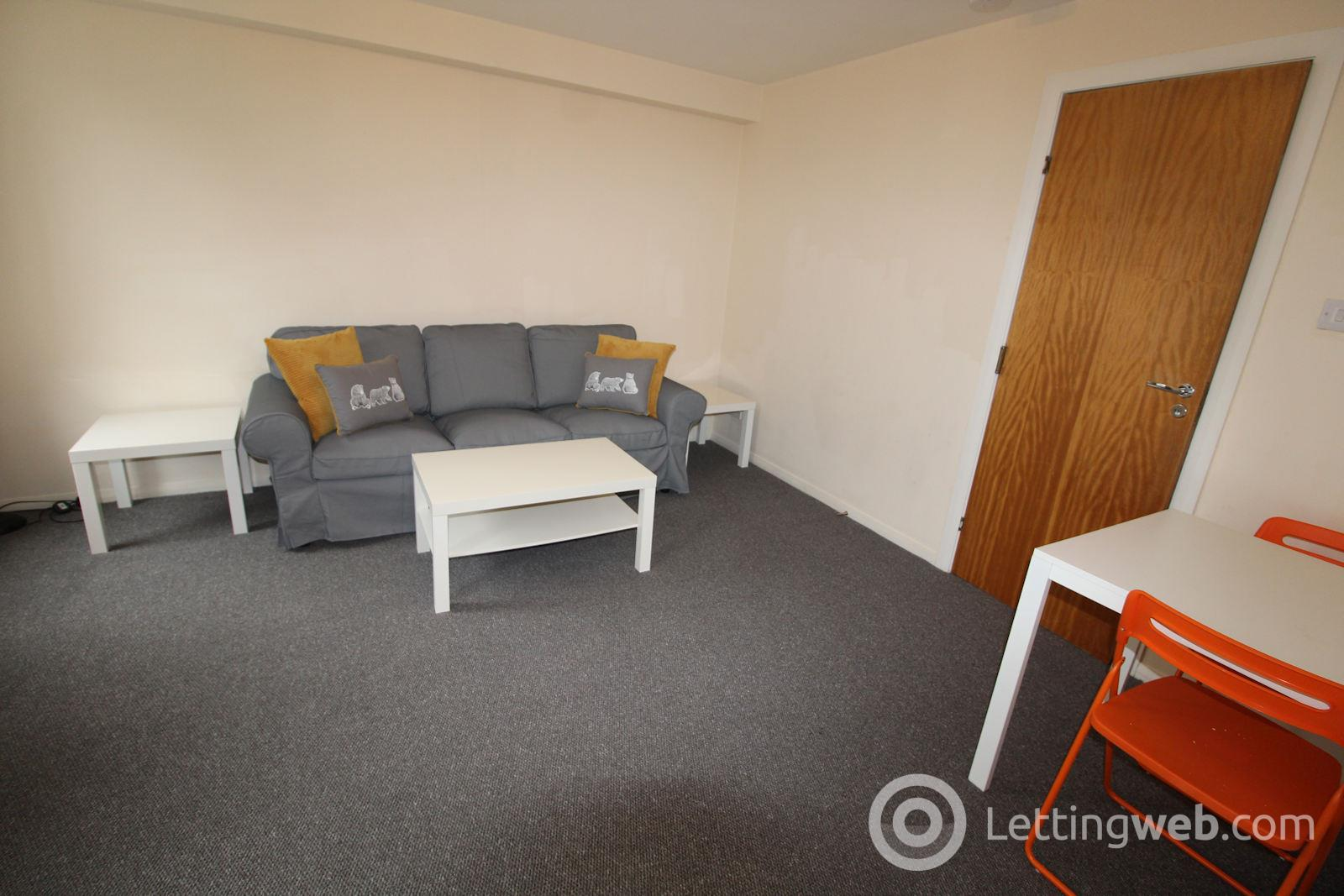 Property to rent in 26E Marywell Street