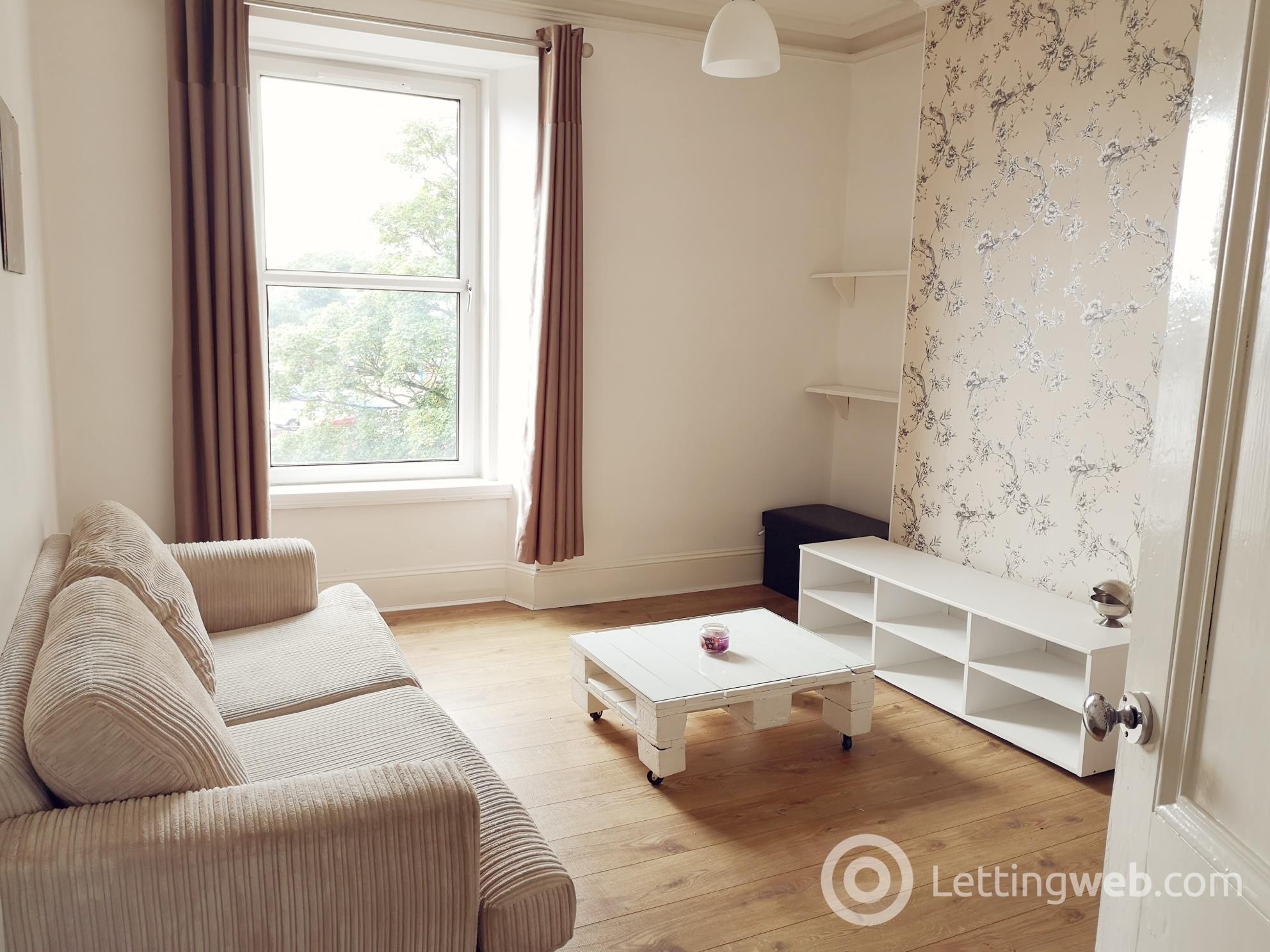 Property to rent in Leslie Terrace, Top Floor, Aberdeen