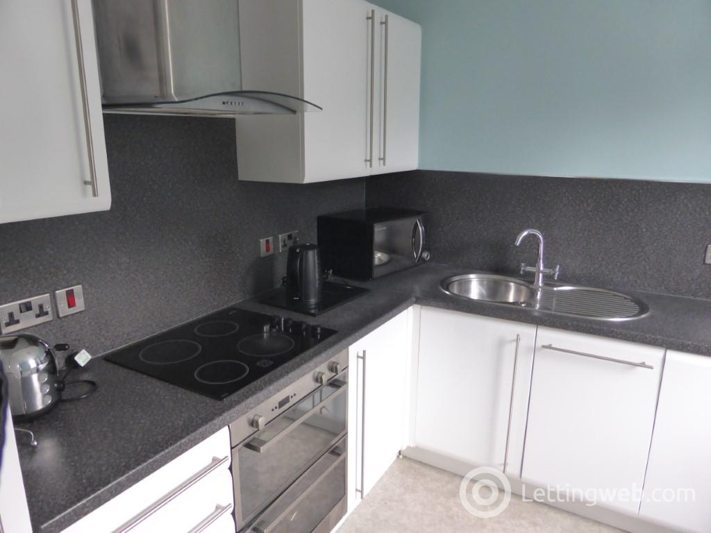 Property to rent in 34B Marywell Street