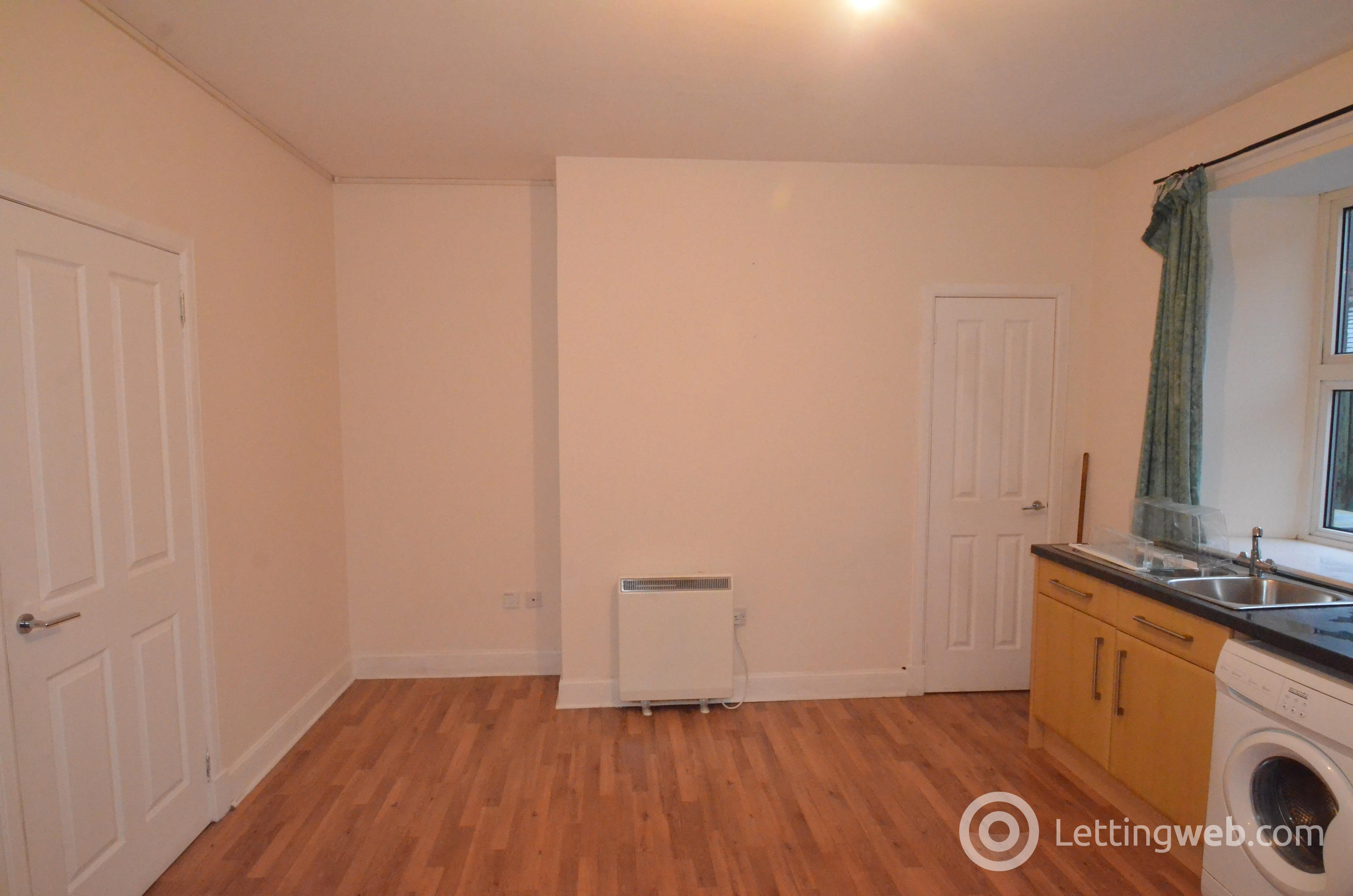 Property to rent in 29 Montrose Street